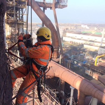 Rope access proces-petrochemie