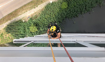 rope access montage